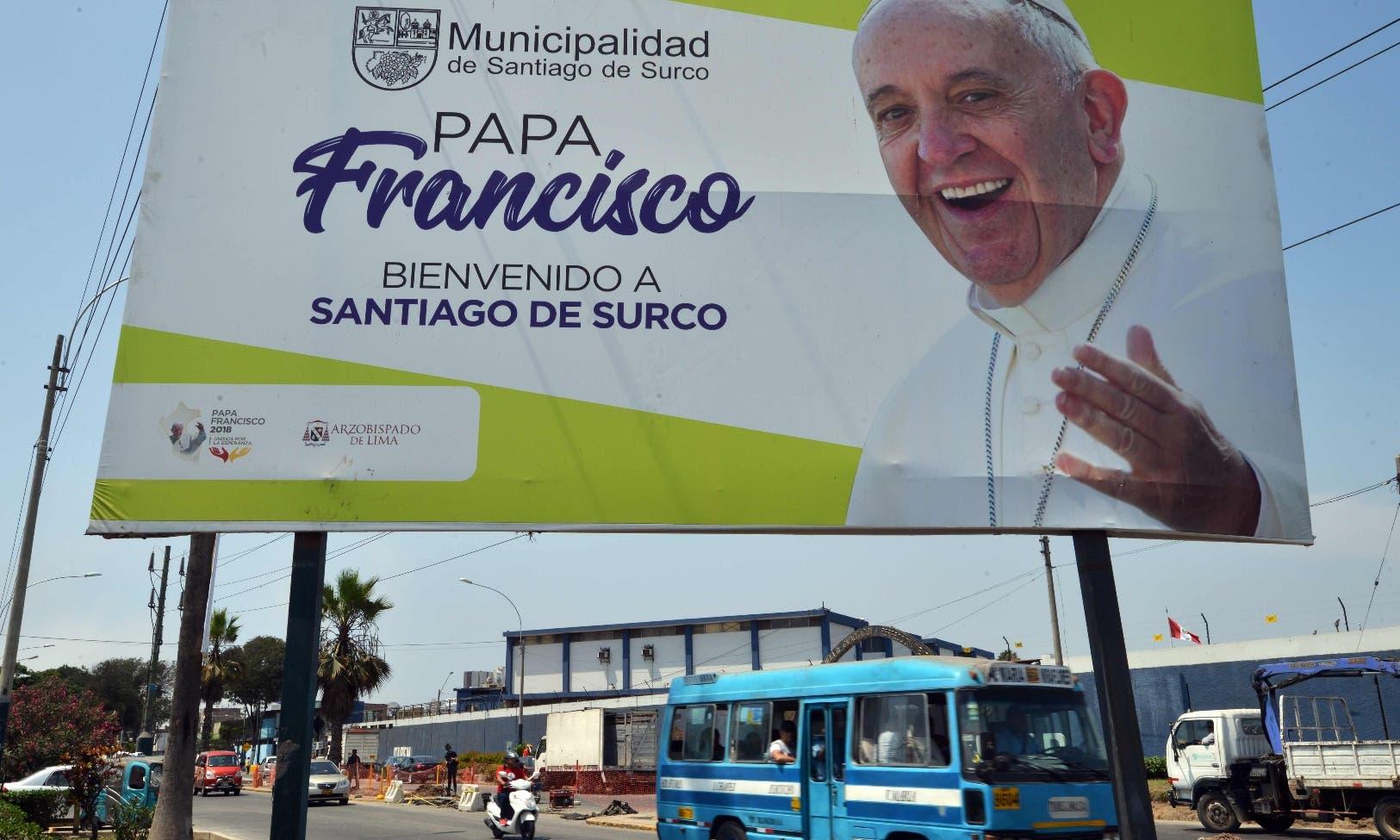 El papa Francisco llega en un momento de plena actualidad política para ambos países, y con un cambio en la presidencia chilena.