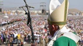El papa Francisco cerró  la más polémica y violenta visita de su pontificado con una  misa en Perú.
