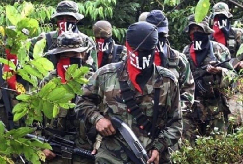 Presidente Santos suspendió diálogo con el ELN tras último atentado — Colombia