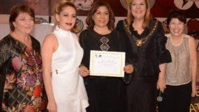 Susan Jones, Dolly Cruz, Fior Rodríguez Ranucoli, Amany Asfour y Marta Susana Solimano.