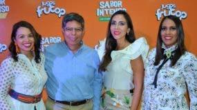 Arriba Gilsé Echavarría, Enrique Rosas, Lorena Gutiérrez y Érika Santos.