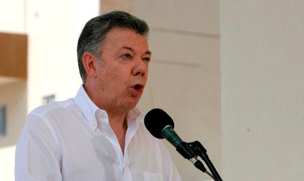 Santos pide a Maduro que acepte ayuda y evite que venezolanos «sufran más»