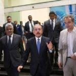 El presidente dominicano Danilo Medina,junto a su canciller Miguel Vargas y el expresidente español José Luis Rodríguez Zapatero, en una de las reuniones entre representantes del Gobierno y la oposición de Venezuela celebrada en Santo Domingo. Foto de archivo.