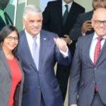 El canciller Miguel Vargas cuando recibe delegados oficialistas. josé de león
