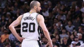 Emanuel Ginóbili es el segundo jugador de más edad que juega actualmente en la NBA.