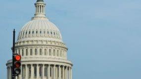 El cierre del gobierno de Estados Unidos empezó en el primer minuto de este sábado.