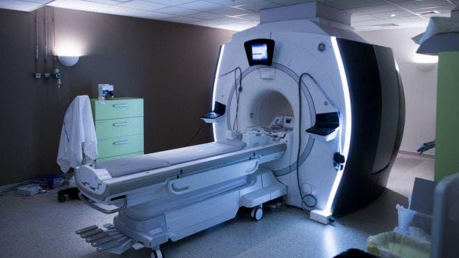 El hombre que murió en un hospital tras ser absorbido por una máquina de resonancia magnética