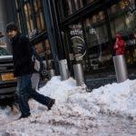 La previsión para Nueva York es que a primera hora del sábado la sensación térmica baje hasta los 31 grados bajo cero (Celsius), y que durante ese día se mantengan unas temperaturas muy bajas.