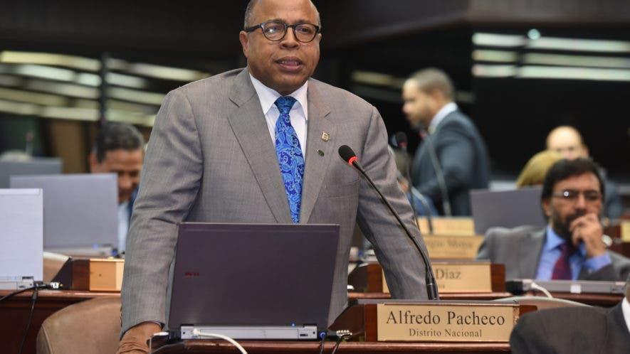 Alfredo Pacheco, vocero del PRM, en la Cámara de Diputados, no descarta demandar al diputado Juan Quiñones (PLD-Puerto Plata).