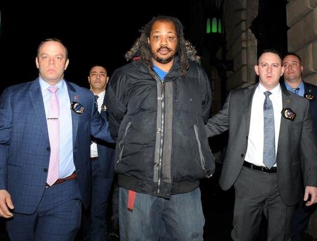 En 2013, el sospechoso fue encarcelado por violar la ley de registro de delincuentes sexuales del estado y sentenciado a uno de tres años de prisión.