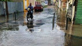 denuncian-calles-de-puerto-plata-se-inundan-cuando-llueve-a-pesar-de-inversion-millonaria-en-remocion-centro-historico-i