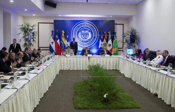 El diálogo entre el Gobierno y la oposición de Venezuela se realizó durante varias jornadas  en la sede de la cancillería dominicana.