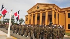 Jóvenes aspirantes a cadetes en su primer día en la Academia Militar Batalla de las Carreras.