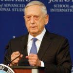 El secretario estadounidense de Defensa,  James Mattis, habla sobre la estrategia de defensa del país en Washington, viernes 19 de enero de 2018. Dijo que China y Rusia son prioridades por encima del terrorismo. (AP Foto/Jacquelyn Martin)