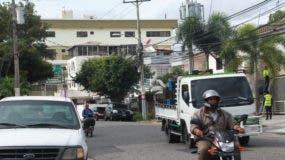 En el ensanche La Julia los vecinos son víctimas de robos y atracos casi a diario. Foto: Eliecer Tapia/El Día.