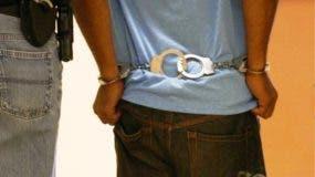 policia-nacional-apresa-joven-quien-mato-otro-de-un-estocada-en-sector-de-puerto-plata