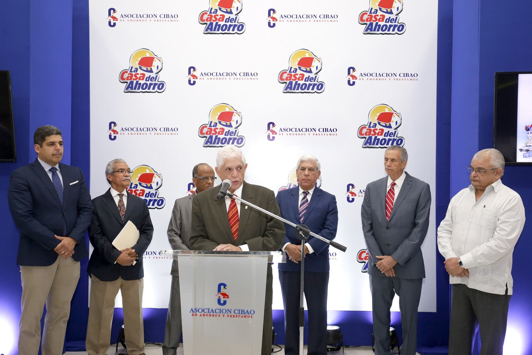 Licenciado José Santiago Reinoso, presidente de la Junta de Directores de ACAP
