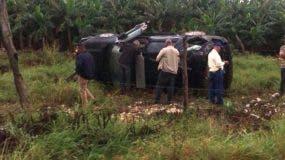 Los accidentados, recibieron atenciones en el centro médico Compostela, de Azua, para luego ser transladados al hospital general de las Fuerzas Armadas.
