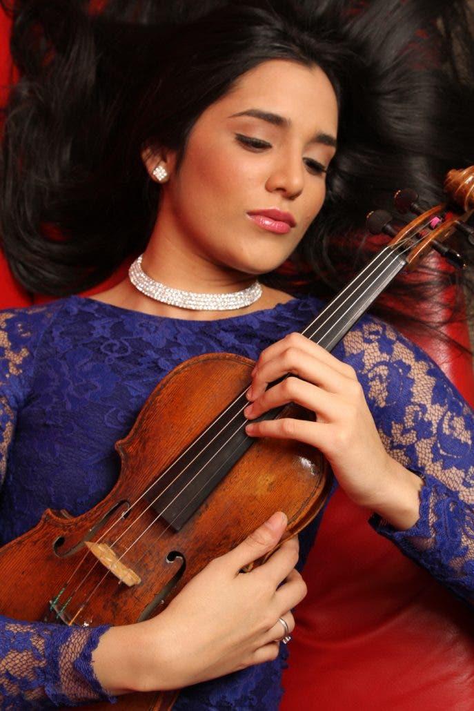 violinista-aisha-syed