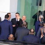 Danilo Medina y Miguel Vargas Maldonado llegan a Cancillería para continuar diálogo.