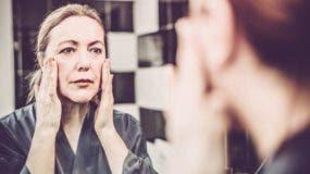 Encontrarte mejor por las mañanas y tener una piel de mejor aspecto son algunos de los efectos inmediatos que puedes notar al reducir el consumo de alcohol.