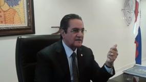 Rector Ivan Grullón Fernández.