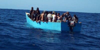 Según informó hoy la Policía puertorriqueña, una llamada al sistema de emergencias 9-1-1 reportó la llegada de indocumentados dominicanos entre el sector Punta Arenas y la antigua cárcel para jóvenes en Cabo Rojo.