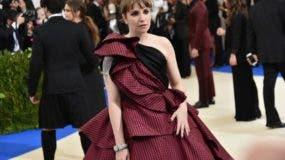 Lena Dunham se sintió enferma durante la gala del Museo Metropolitano de Nueva York, uno de los eventos más importantes del año. en el mundo de la moda.
