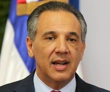 José Ramón Peralta Ministro   Administrativo.