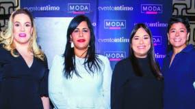 Cristina Cuadra, Madelyn Martínez,  Nairobi Abreu y Cinthia Antonio.