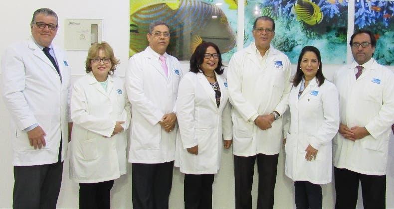 Personal de salud del Instituto de Oncología Doctor Heriberto Pieter, en la presentación de la campaña.