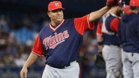 El dominicano Bartolo Colón tiene la virtud de dominar  la zona de strike   con bolas rápidas.