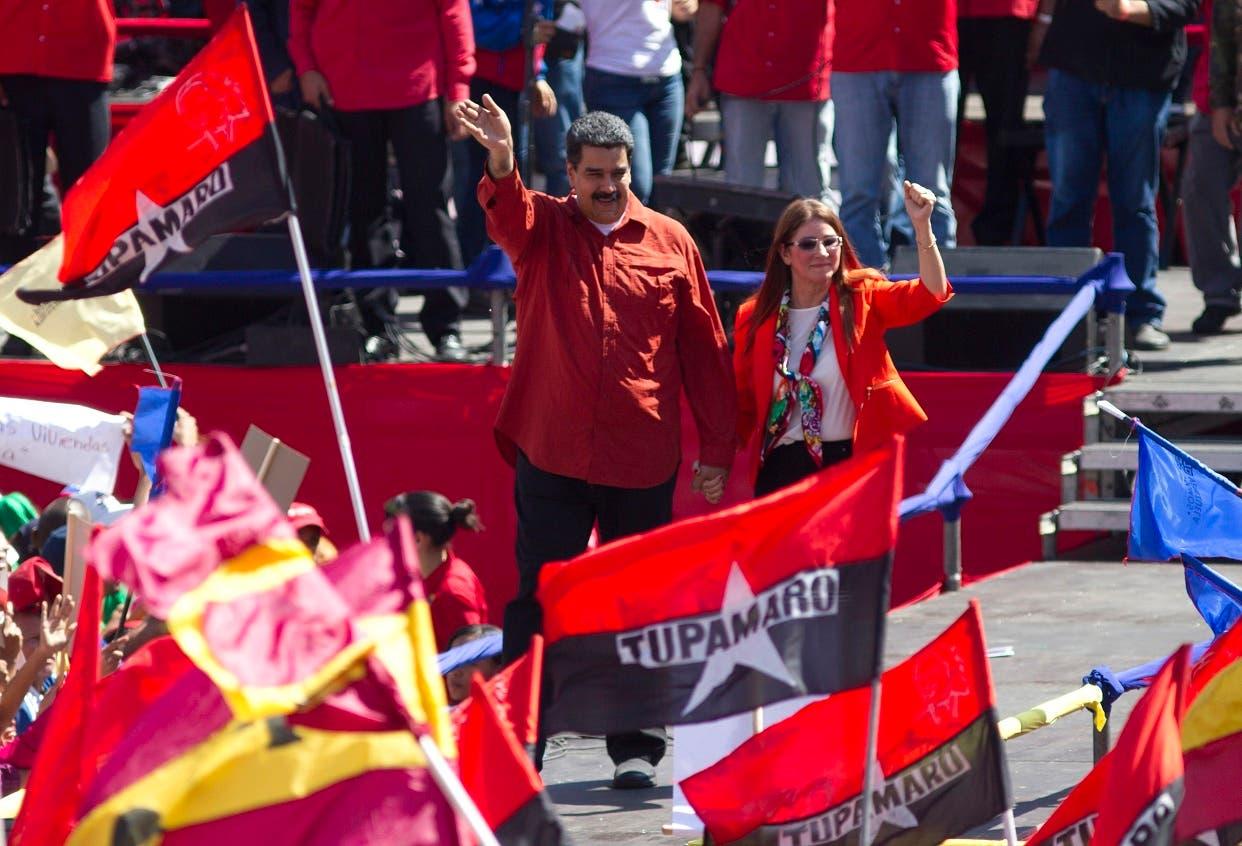 Maduro, quien busca un segundo período hasta 2025 en los comicios convocados de forma anticipada por la oficialista Asamblea Constituyente, volvió a retar a la oposición a competir, en particular al veterano parlamentario Henry Ramos Allup.