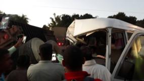 Accidente de tránsito entre autobús y patana a la altura de Hatillo, San Cristóbal (Foto: @capiurtecho, vía Twitter)