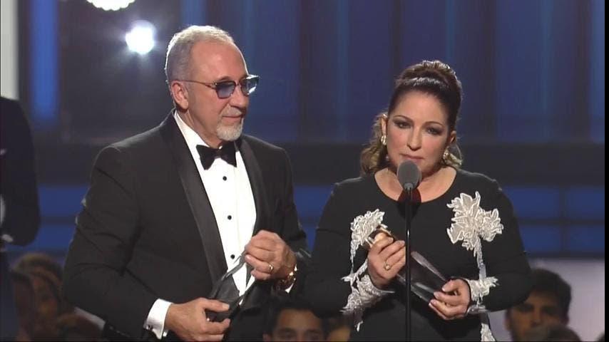 Gloria y Emilio Estefan (Foto: Premio Lo Nuestro)