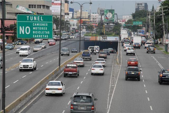 el-tunel-de-la-avenida-27-de-febrero