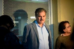 Alberto Fuentes Knigth, exministro de Finanzas de Colom, presidente de Oxfam también fue arrestado.