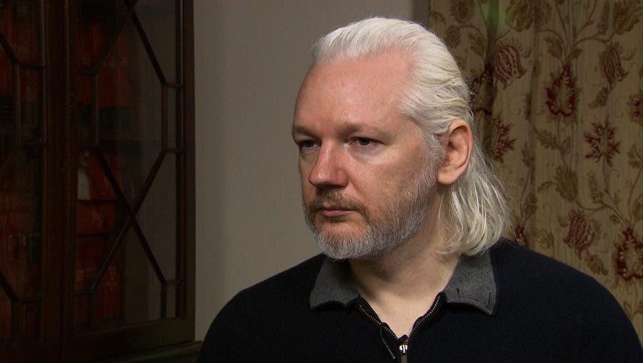 Defensores libertad de prensa critican a EEUU por caso Assange, dice la SIP