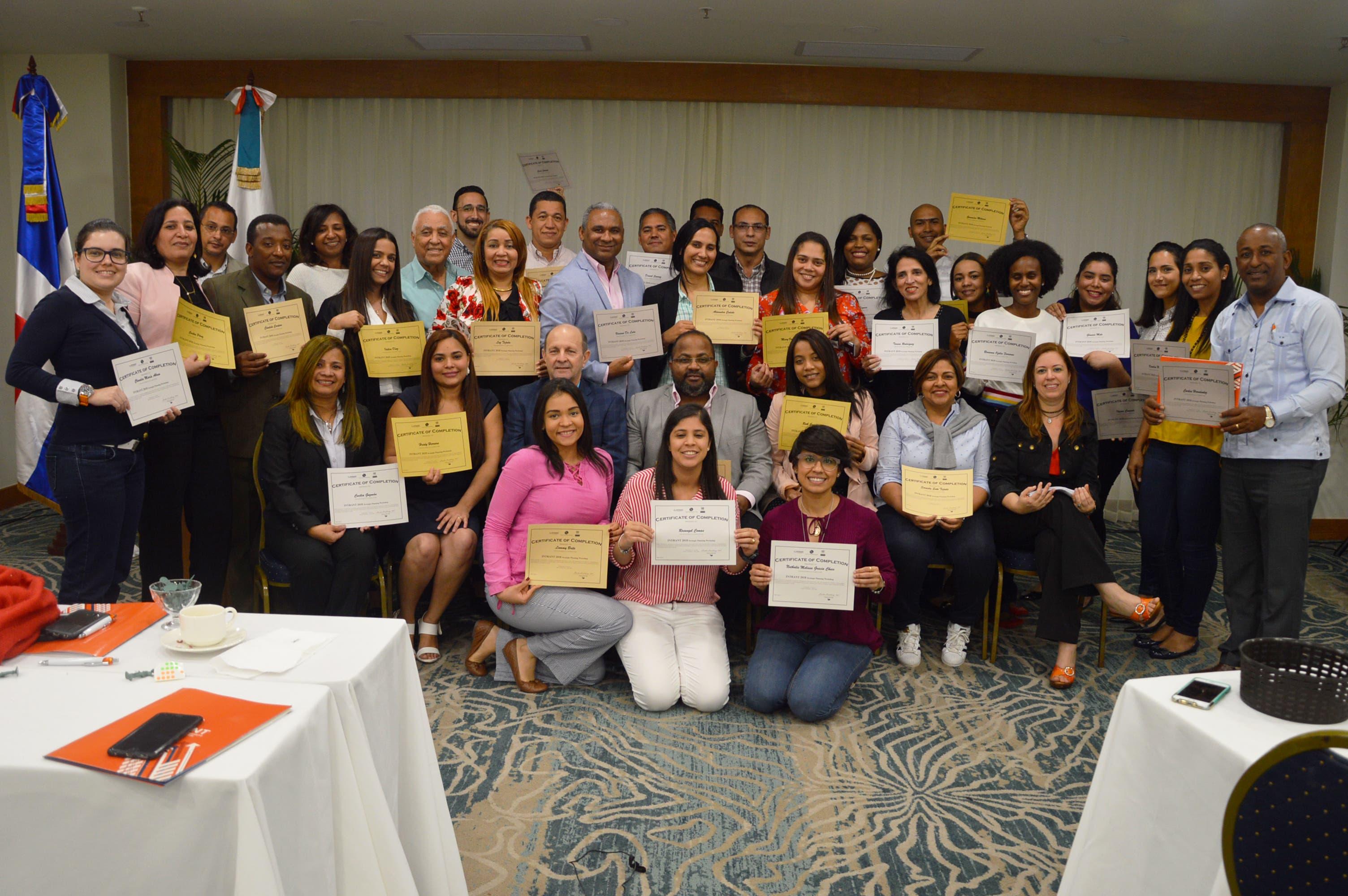 Imparten taller Revisión del Desempeño de la Seguridad Vial en RD