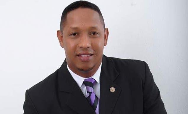 Wagner Piñeyro Mateo, renunció para dar paso a nuevos jóvenes para que sigan los trabajos en materia de juventud que ha realizado a través de varios años.