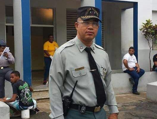 Coronel de la Policía violó sexualmente a un joven en una cabaña de Sabana Perdida