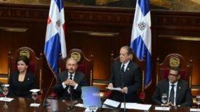 Pared Pérez habla ante la Asamblea Nacional Foto: José de León