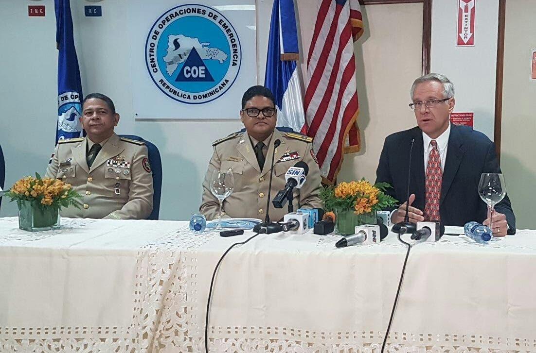 Embajada de Estados Unidos dona al COE equipos para manejo de sustancias peligrosas