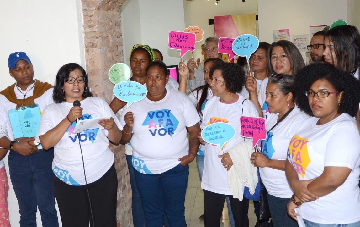 Feministas inician campaña para que se despenalice el aborto en 3 causales