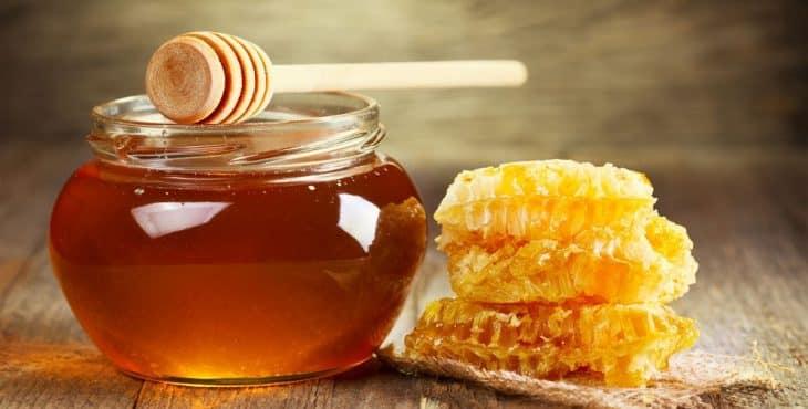 La miel, un superalimento capaz de aliviar la gripe y el resfriado