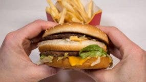 Los grandes descuentos en el precio de la comida rápida causan dudas sobre su rentabilidad.