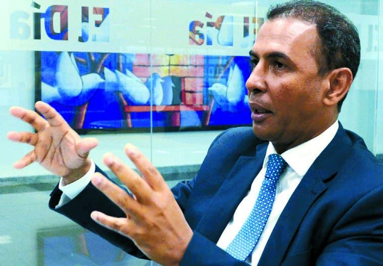 En su condición de dirigente político Domingo Contreras  vaticina que en el PLD puede darse una crisis interna  si no hay innovación.  José de león