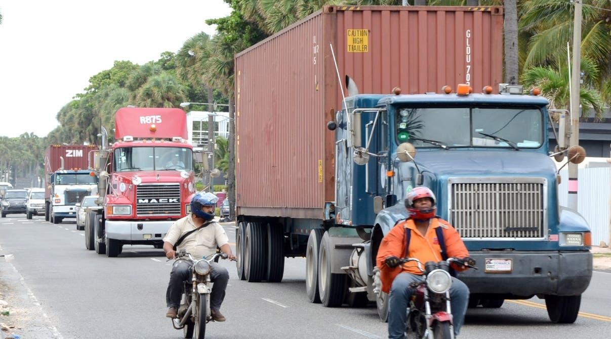 Intrant prohíbe circulación vehículos de carga desde el jueves al mediodía