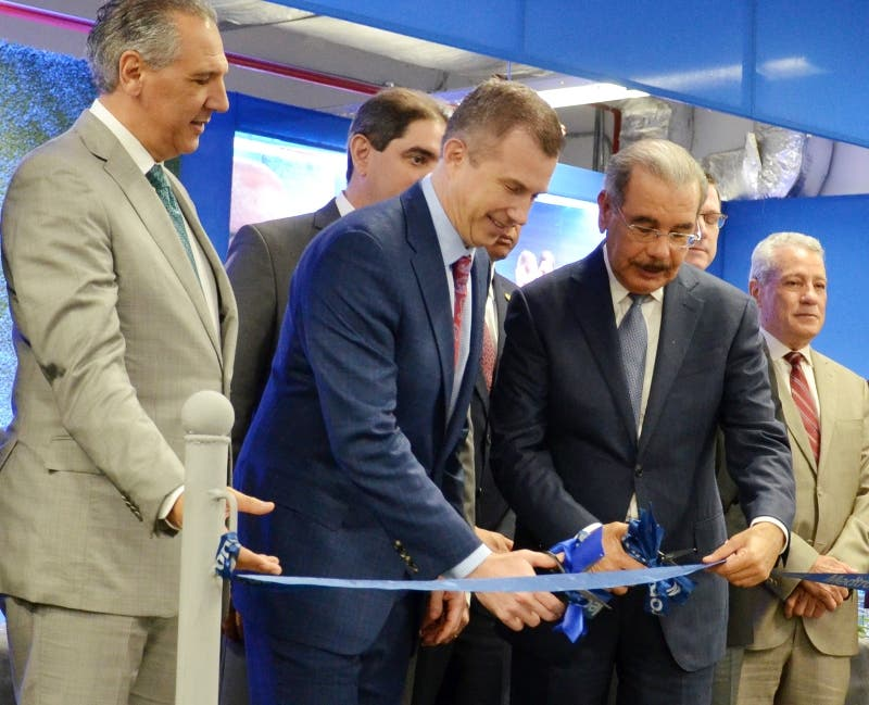 Danilo inaugura nueva fábrica de dispositivos médicos en San Isidro