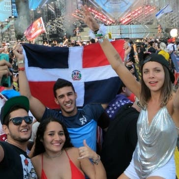 Parte de los dominicanos que asistieron a Miami.